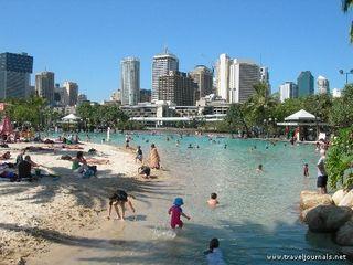 97345-south-bank-artificial-beach-brisbane-australia